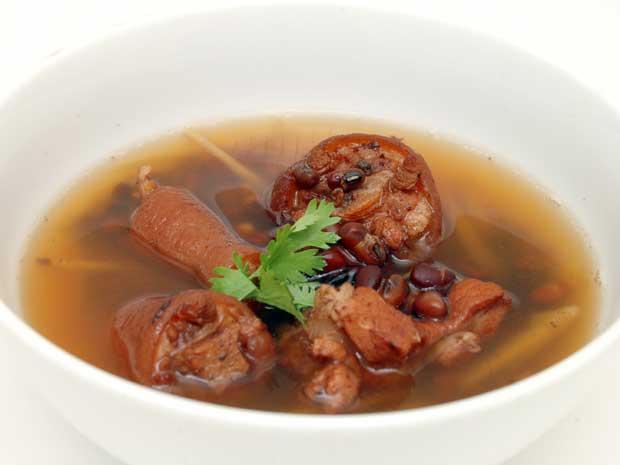 3-mon-giup-chua-chung-dau-lung-nhuc-moi-2