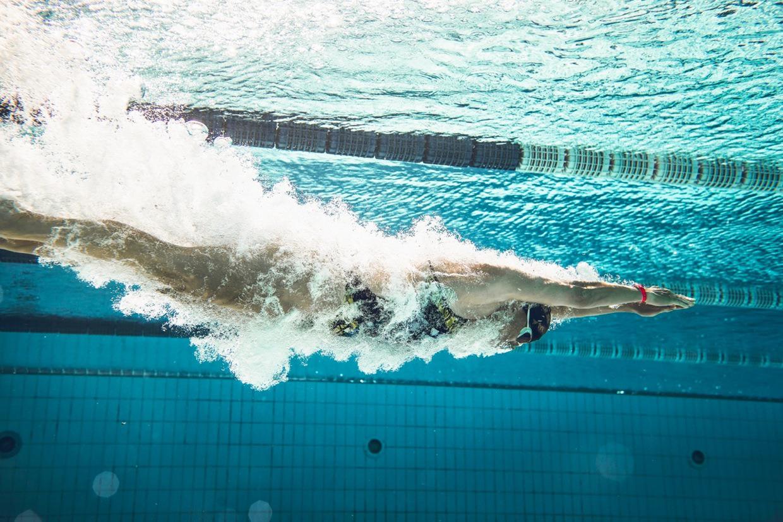 boi-loi-rat-tot-cho-nguoi-bi-thoat-vi-dia-dem-2 - bơi lội trị thoát vị đĩa đệm