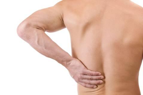 đau lưng khi ngủ dậy là bệnh gì