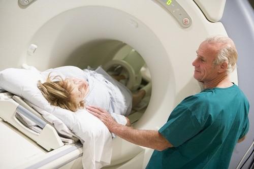 chụp mri não có hại không?
