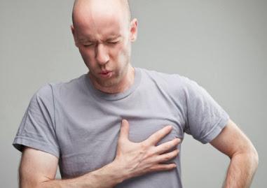 Triệu chứng đau lưng kéo dài chớ nên xem thường-2
