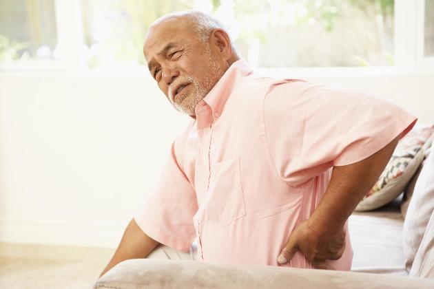 thuốc trị đau lưng người già