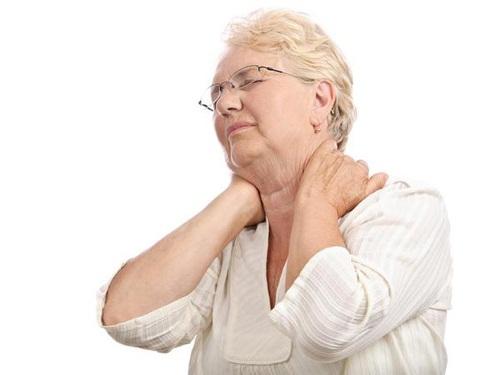 5 Bài thuốc trị đau nhức xương khớp cho người già-1