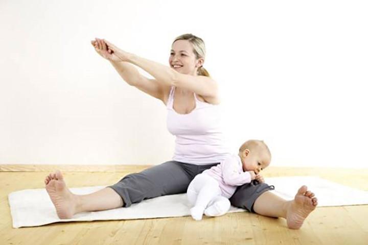 Cách chữa bệnh đau lưng sau sinh cho mẹ nào chưa biết-4