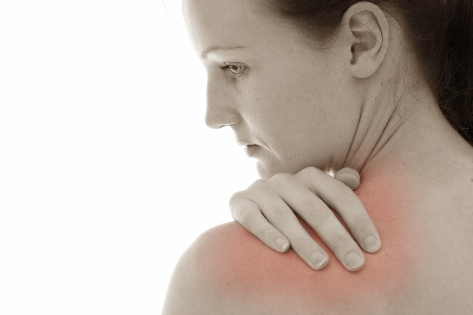 Người trẻ bị đau nhức xương khớp cảnh báo bệnh gì?-1