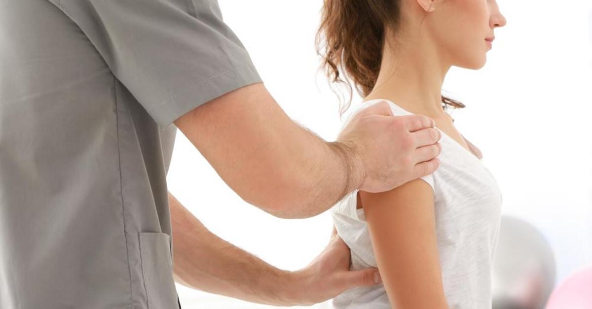 Người trẻ bị đau nhức xương khớp cảnh báo bệnh gì?-3