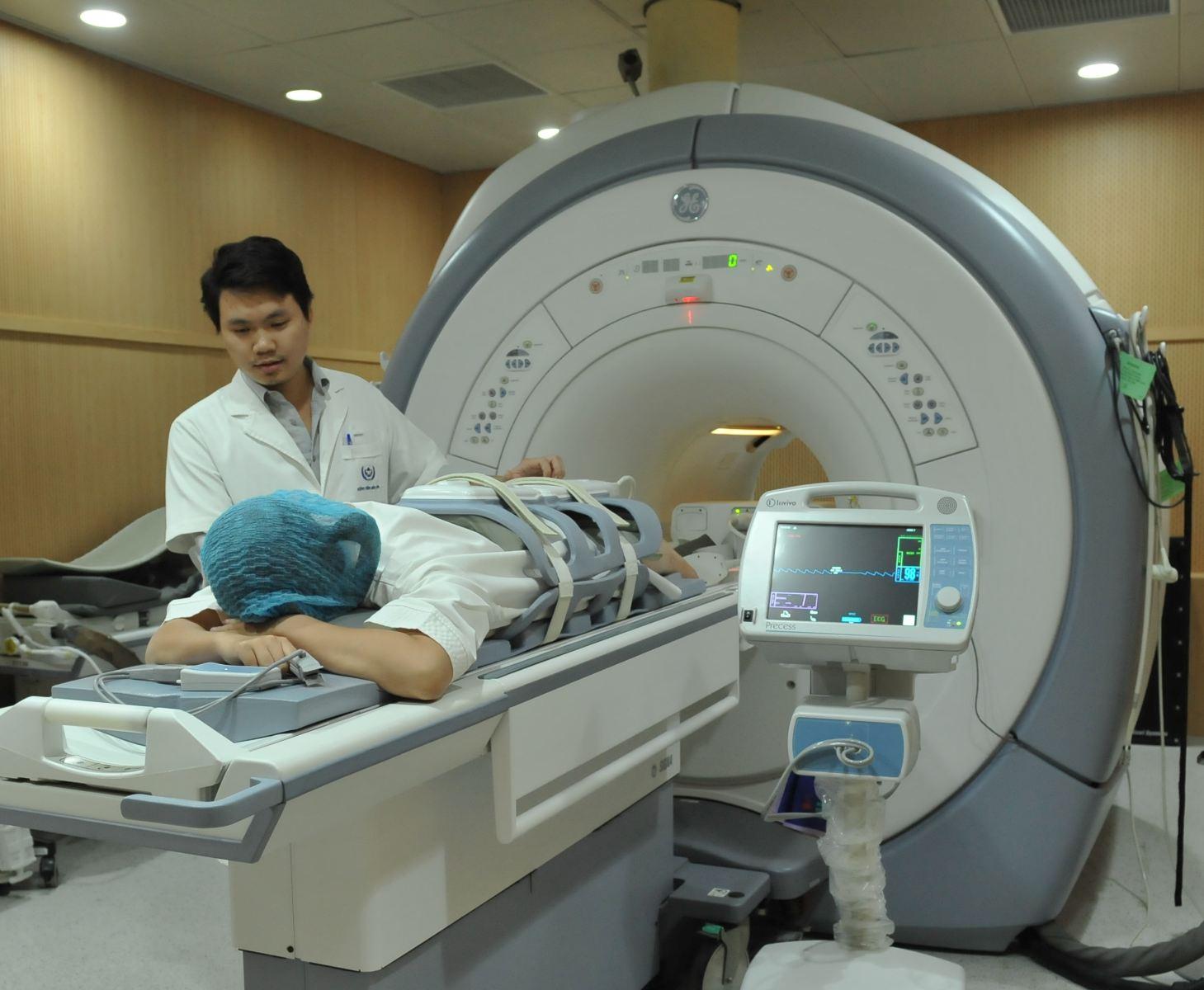 Chụp MRI xác định thoát vị đĩa đệm có chuẩn không?-3