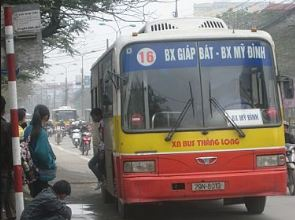 xe bus qua bệnh viện đại học y hà nội