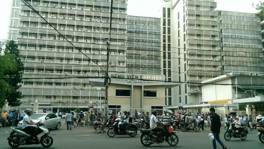Bệnh viện Chợ Rẫy có khám dịch vụ không?