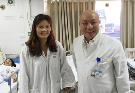 bác sĩ Nguyễn Văn Thạch,Viện trưởng Viện Chấn thương Chỉnh hình, Trưởng khoa Phẫu thuật cột sống Bệnh viện Việt Đức