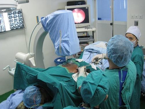 Phẫu thuật nội soi thoát vị đĩa đệm tại Trung tâm Exson - mổ nội soi thoát vị đĩa đệm ở đâu