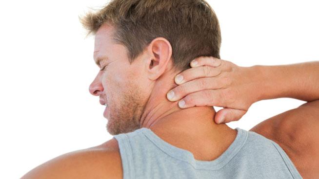 mẹo chữa đau cổ khi ngủ dậy