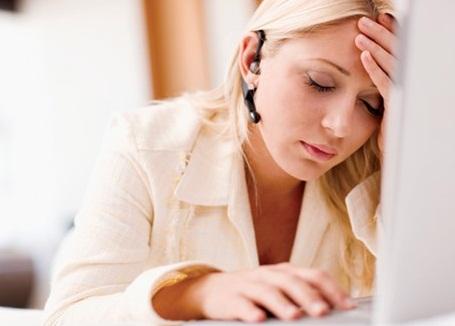 Stress là một trong những nguyên nhân phổ biến gây đau đầu, đau mỏi vai gáy