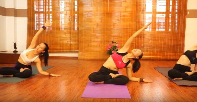 bài tập yoga chữa đau cổ vai gáy-4