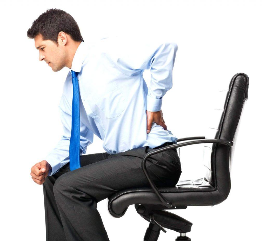 Vì sao mới 20 - 25 tuổi đã bị đau lưng?2