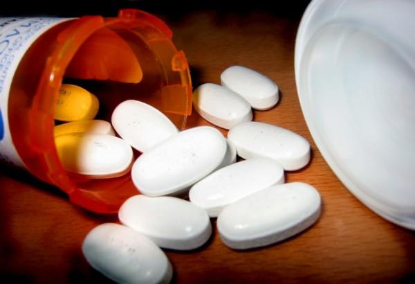 Sử dụng các loại thuốc giảm đau nửa đầu cần đúng hướng dẫn, tránh lạm dụng